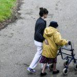 Prenez soin des personnes âgées