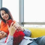 Comment traiter votre petite amie avec respect